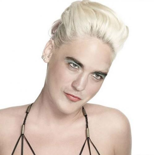 CHOC ! Robert Pattinson a CHANGE DE SEXE