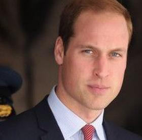Le PRINCE WILLIAM a TOUUUT RASE ! #BritneySorsDeCeCorps