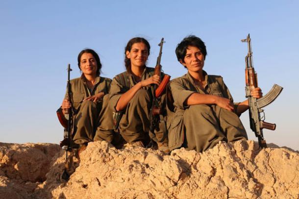 Roza, Raparin et Deijly tuent des dizaines de terroristes par jour