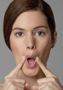 Prenez soin de votre visage, grâce à la gymnastique faciale