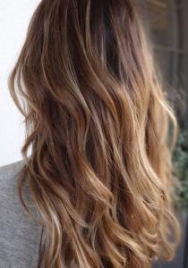 Un OMBRE HAIR parfait avec JUSTE une BROSSE !