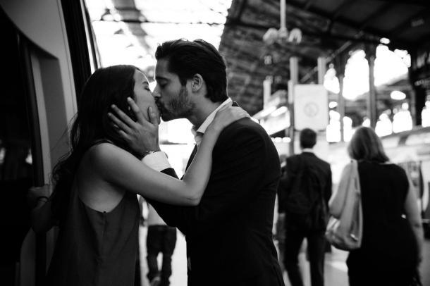 La sncf vous invite à vous embrasser sur les quais cet été !