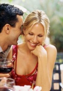 Les 5 choses qu'un homme regarde chez une femme lors du premier rencard (partie 2)