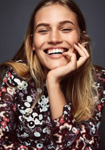 COMMENT avoir des DENTS plus BLANCHES naturellement #sourireColgate