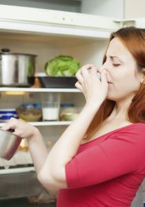 Mauvaises odeurs dans la cuisine : Bye !