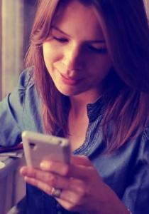 Spécial santé : que se passe-t-il quand on utilise trop son smartphone ou sa tablette ?