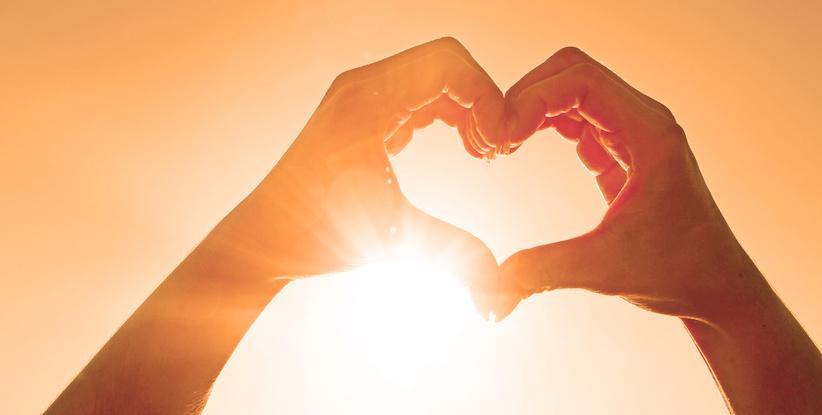 5 des idées-cadeaux coquins pour réchauffer les couples confinés